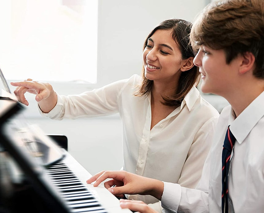 9 Awesome Digital Pianos Under 500 Dollars - Budget Instrument with Great Sound