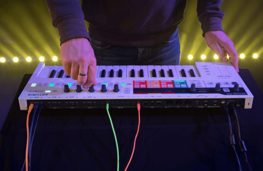 How to Connect a MIDI Keyboard to Another Keyboard? Here's the Answer!