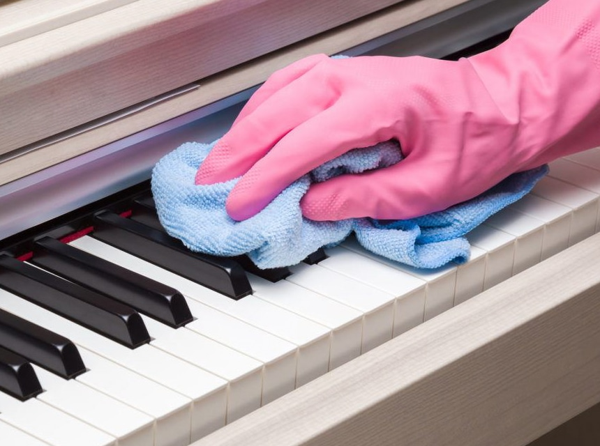 How to Clean Digital Piano Keys? Easy Guide with Tips from Professionals!