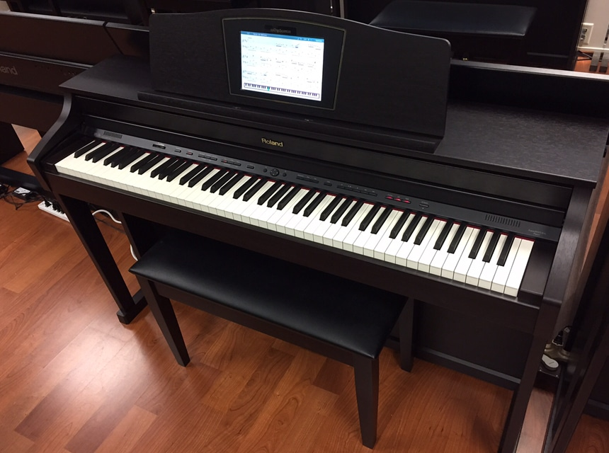 Digital Piano vs Keyboard: What and How to Choose?